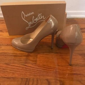 Christian Louboutins 39.5 new simple pump 120